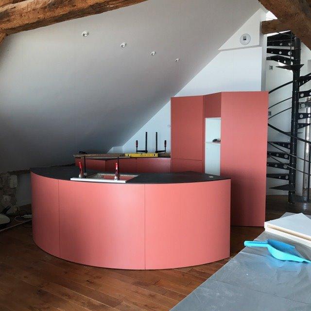 https://stephanieperroin.com/wp-content/uploads/2019/11/architecture-intérieure-pornichet-LES-ETAPES-14-triplex-cuisine-atypique.jpg