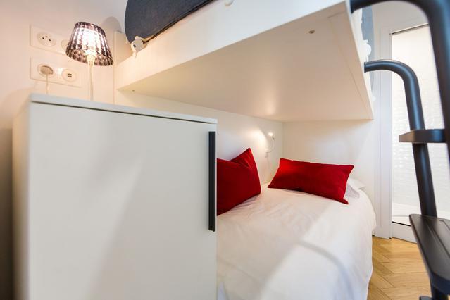 https://stephanieperroin.com/wp-content/uploads/2020/08/architecture_interieure_la_baule_-rénovation_-appartement_11-avenue-edmond-rostand_www.stephanieperroin.com_-CH_enfant.jpg