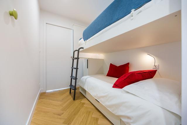 https://stephanieperroin.com/wp-content/uploads/2020/08/architecture_interieure_la_baule_-rénovation_-appartement_11-avenue-edmond-rostand_www.stephanieperroin.com_-CH_enfant_détail.jpg